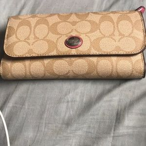 Like new Coach large wallet